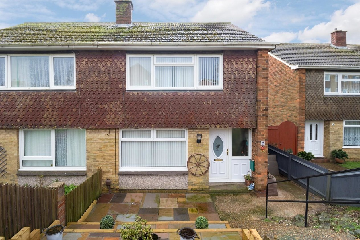 Properties Sold Subject To Contract in Rokesley Road