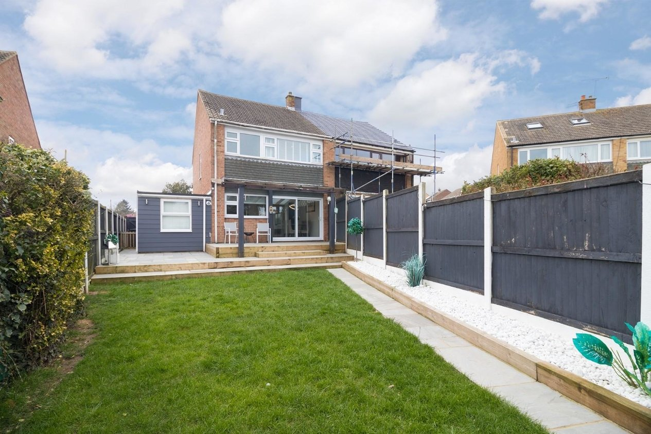Properties For Sale in Rose Gardens Eythorne