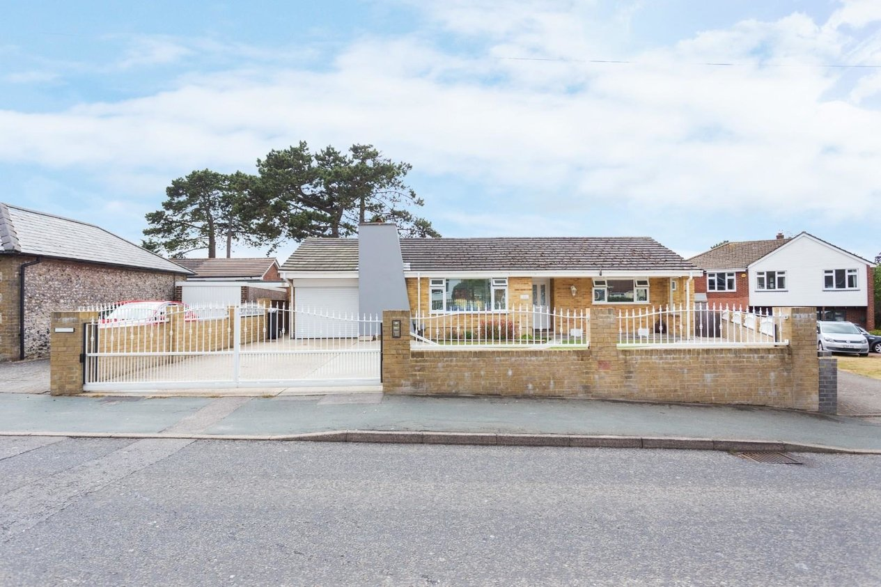 Properties Sold Subject To Contract in Sandwich Road Whitfield