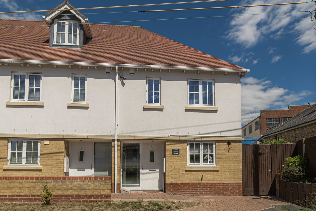 Properties For Sale in Shalmsford Street Chartham