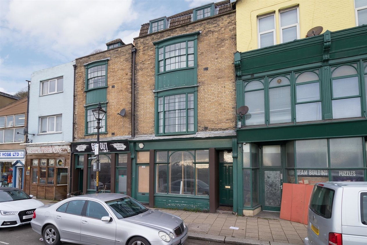 Properties To Let in Snargate Street