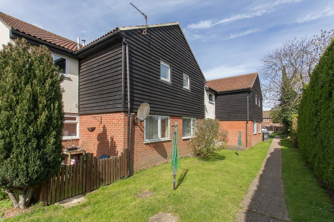 Properties Sold Subject To Contract in St. Albans Road Hersden