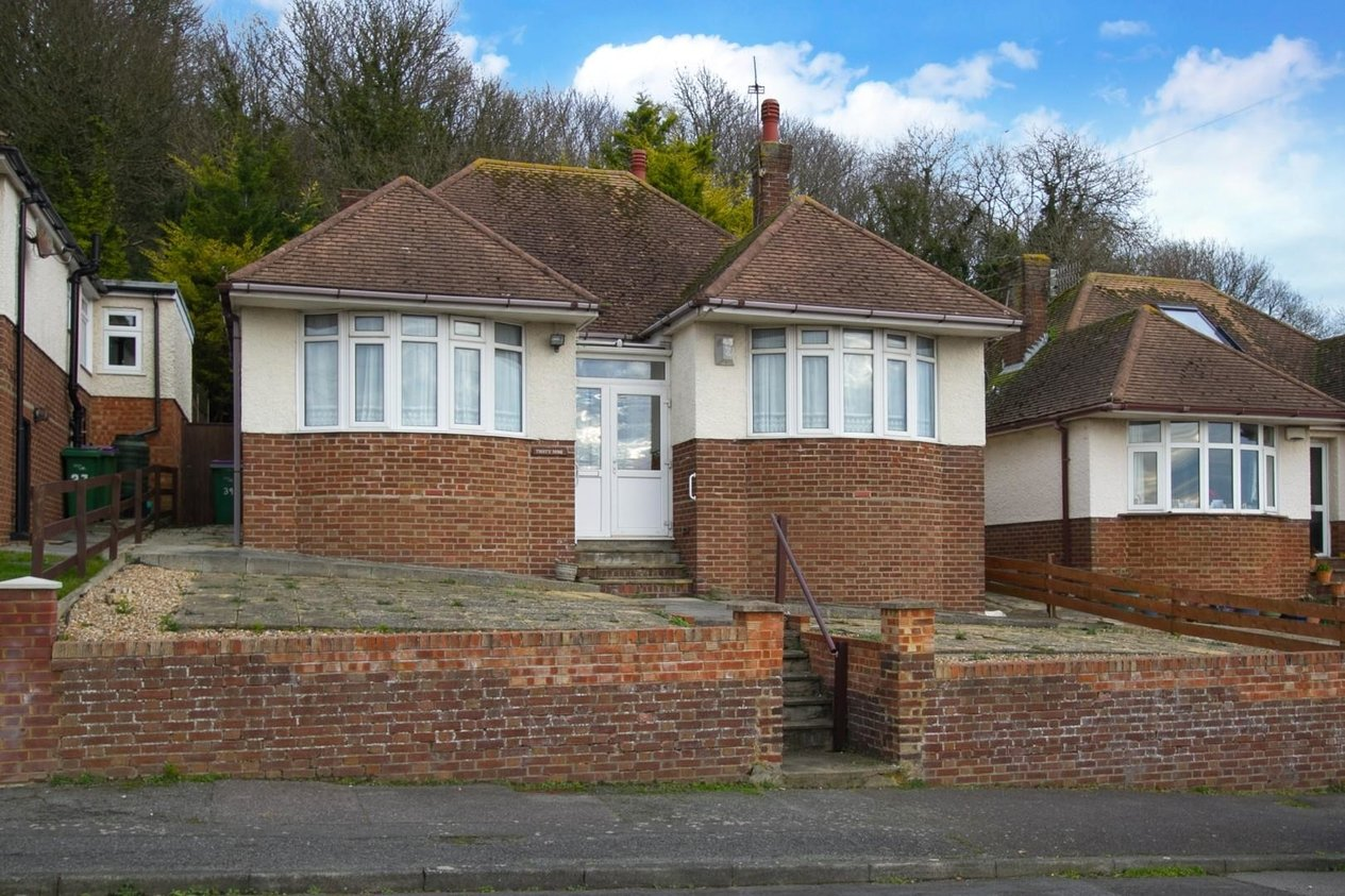 Properties Sold Subject To Contract in Stanbury Crescent