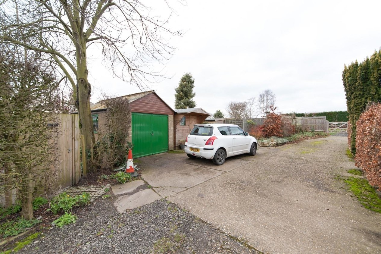 Properties Sold Subject To Contract in Summerfield Woodnesborough