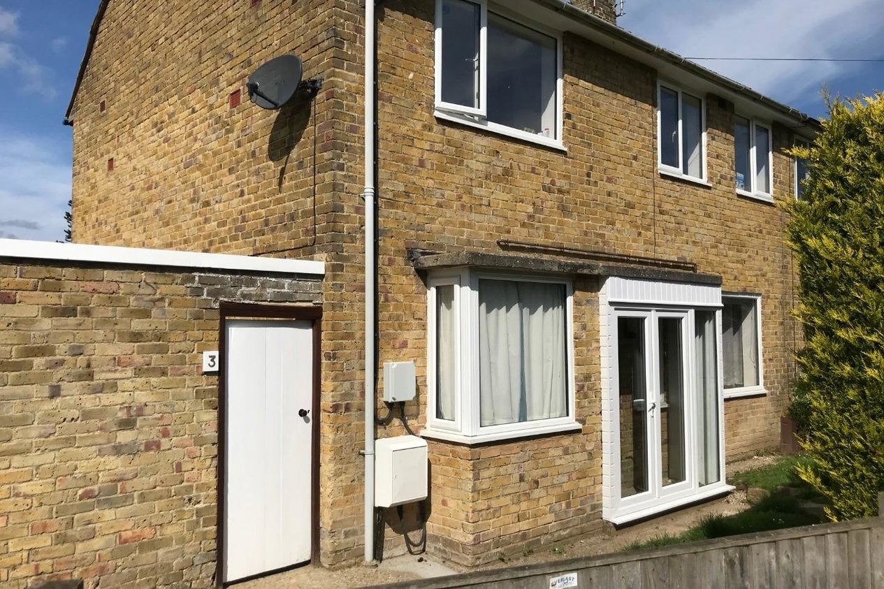 Properties Sold Subject To Contract in 3 Sussex Walk