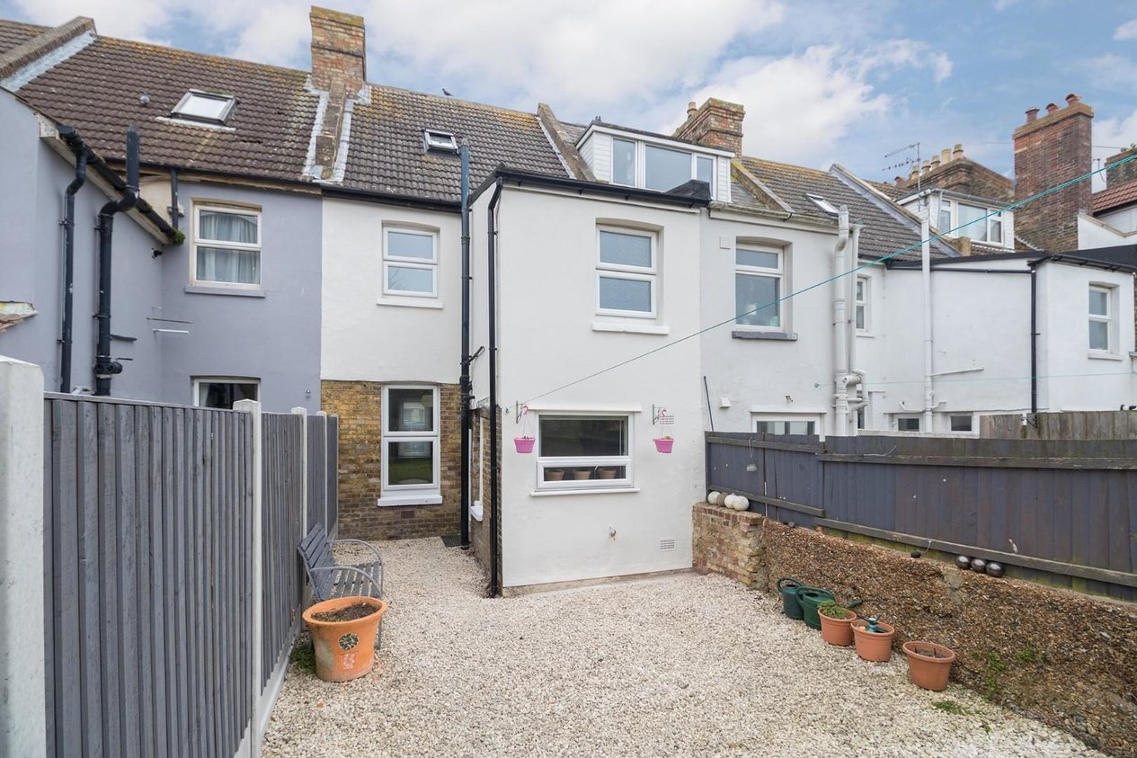 Properties Sold Subject To Contract in Thanet Gardens
