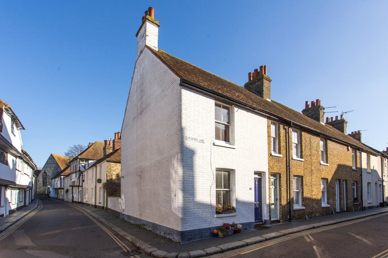 Properties Sold Subject To Contract in Vicarage Lane