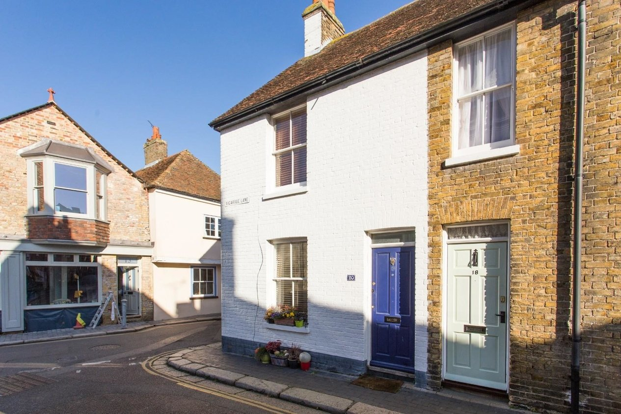 Properties For Sale in Vicarage Lane
