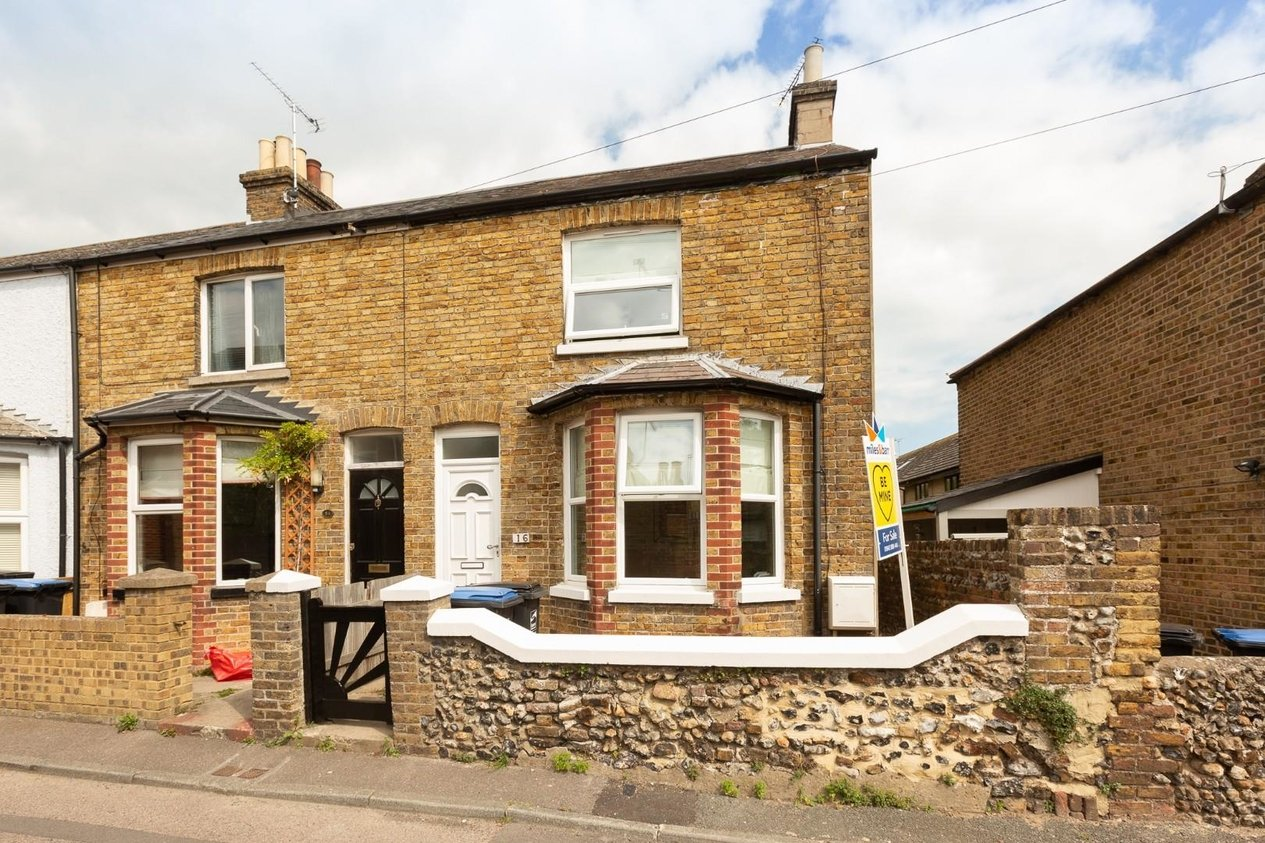 Properties For Sale in Victoria Road