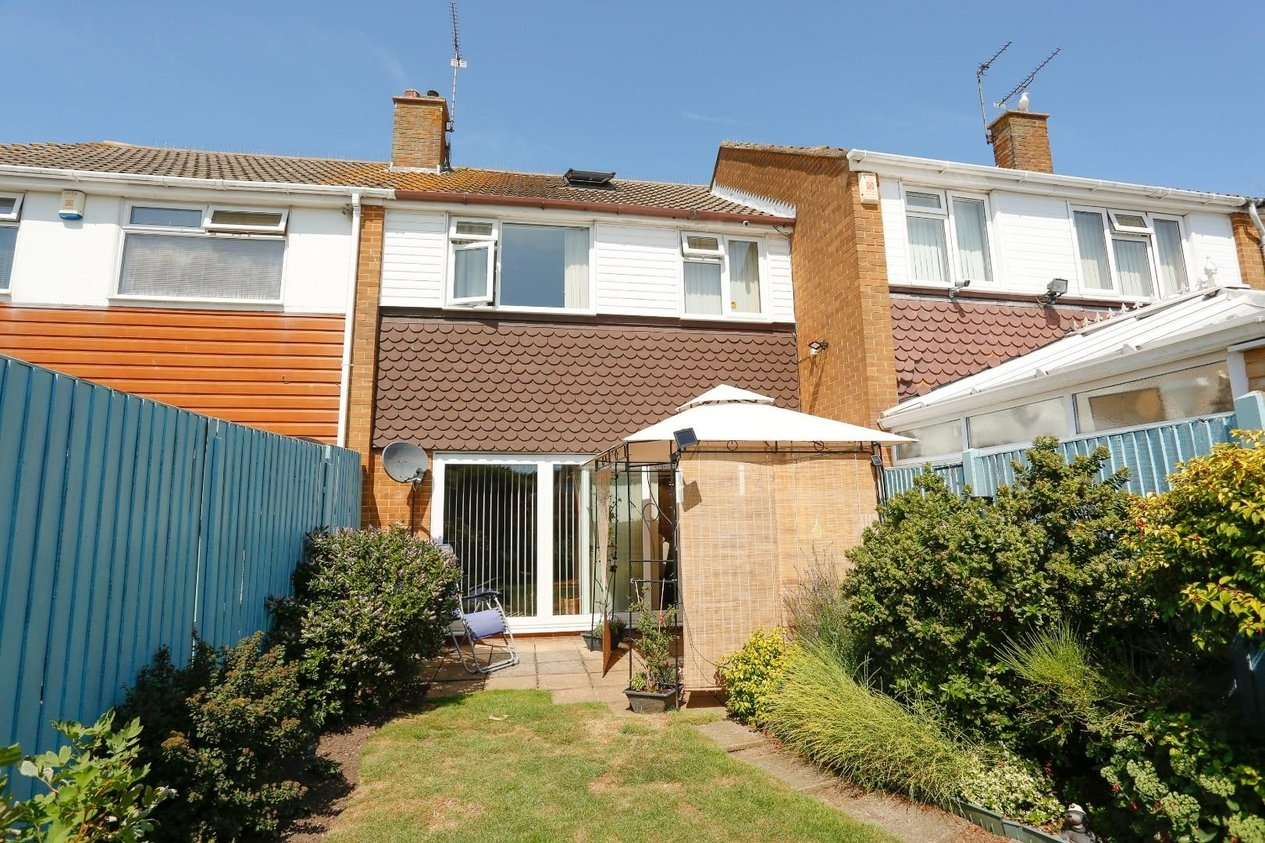 House Terraced For Sale In Vincent Close Broadstairs
