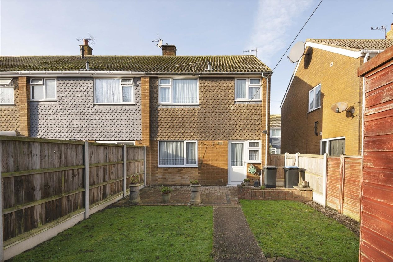 Properties Sold Subject To Contract in Vincent Close
