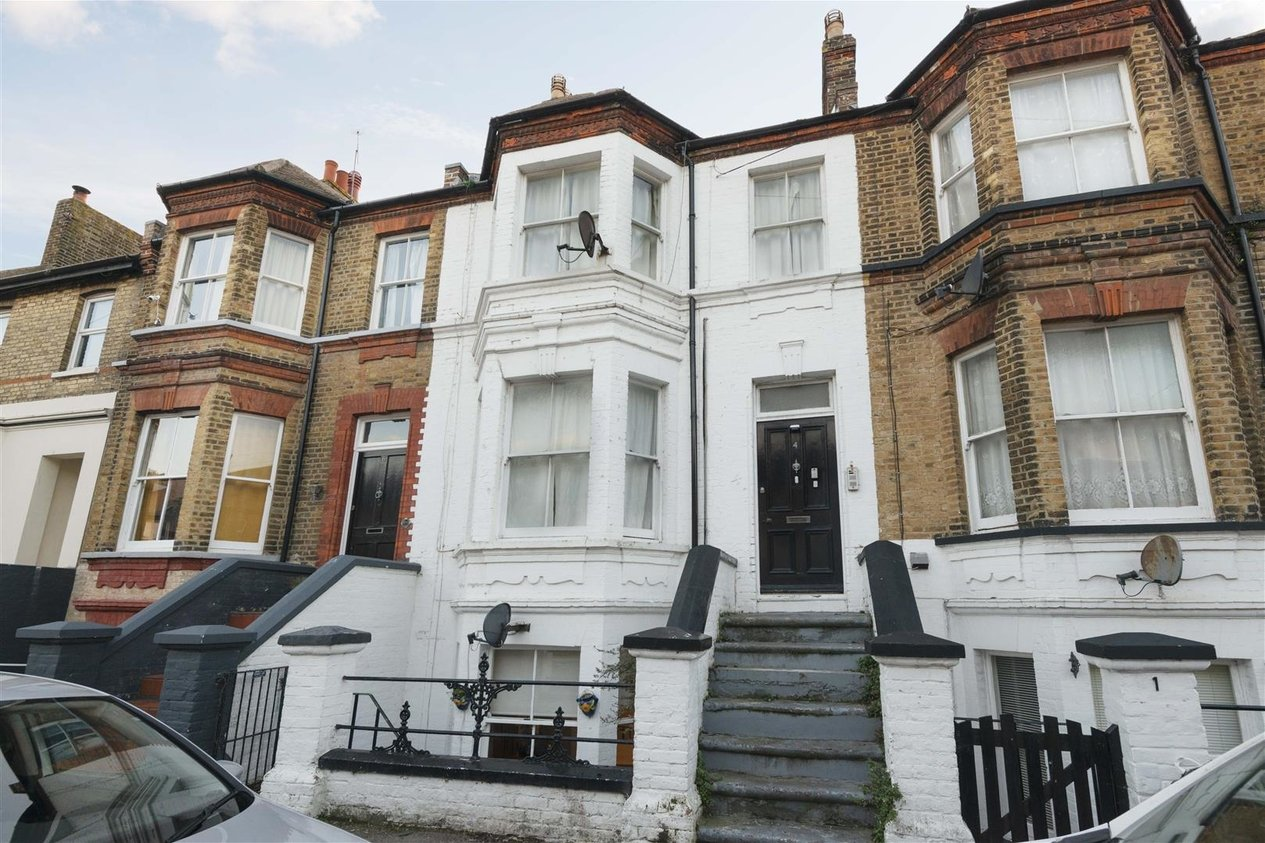 Properties Sold Subject To Contract in Westbrook Road