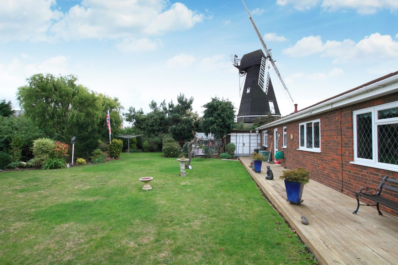 Properties Sold Subject To Contract in Windmill Road