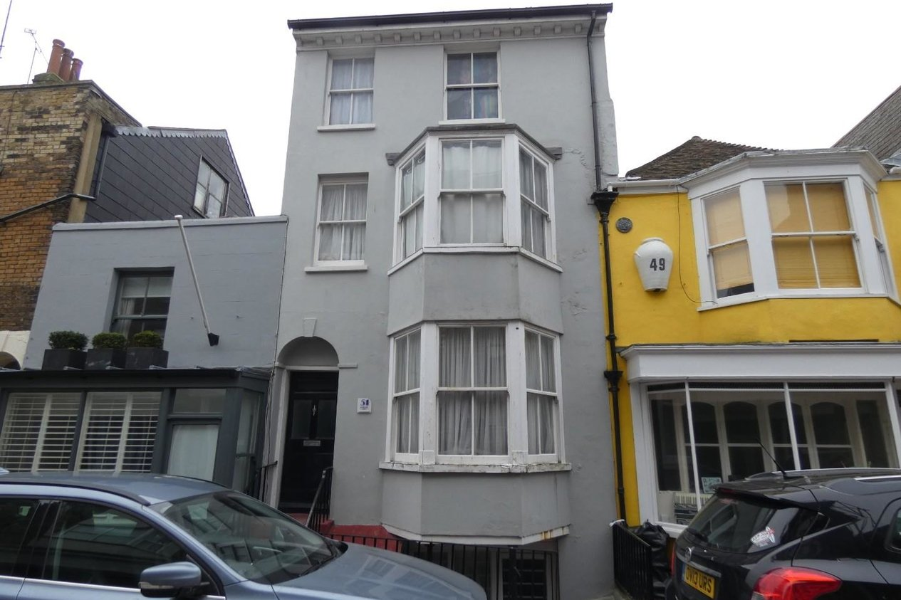 Properties To Let in Addington Street