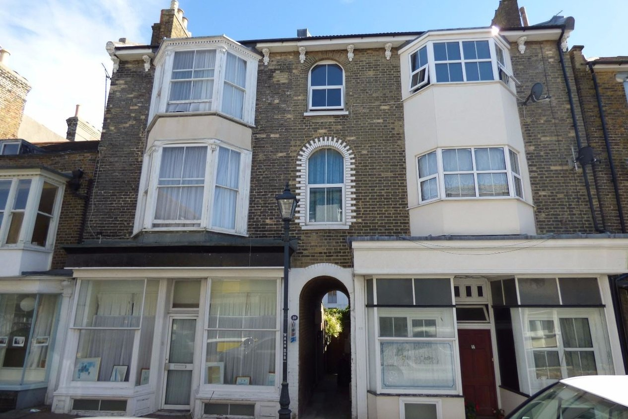 Properties Let Agreed in Addington Street