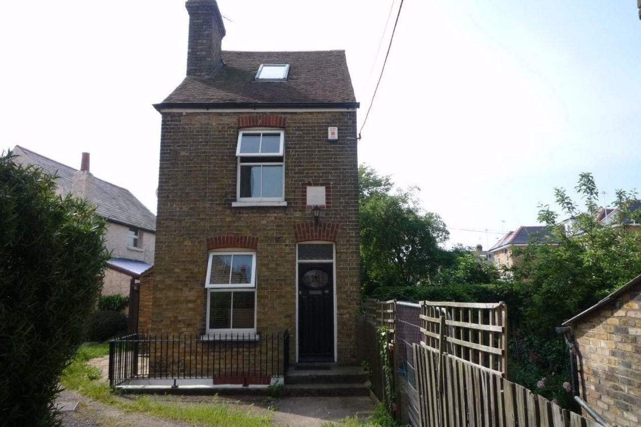 Properties Let Agreed in Ashburnham Road