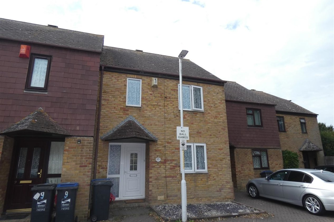 Properties Let Agreed in Anvil Close