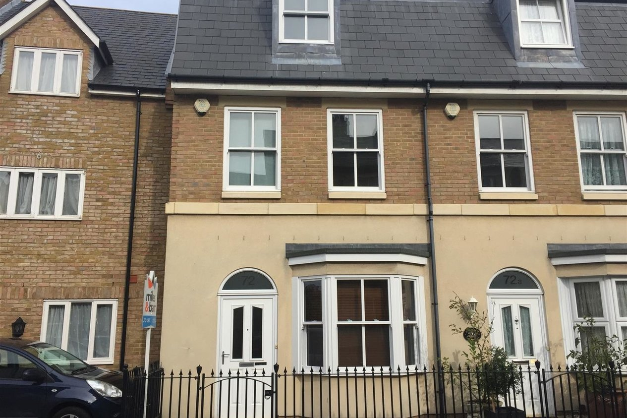 Properties Let Agreed in Blenheim Road