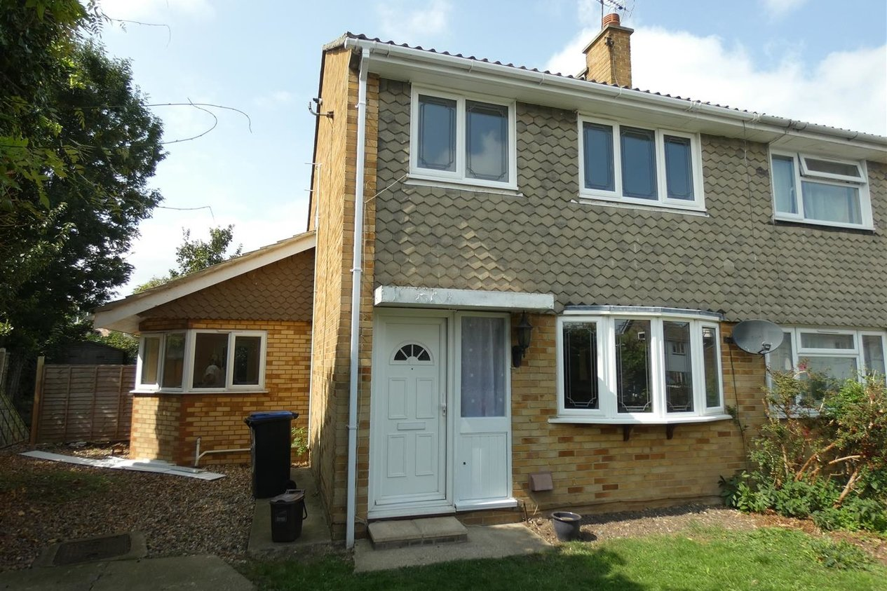 Properties Let Agreed in Ash Close