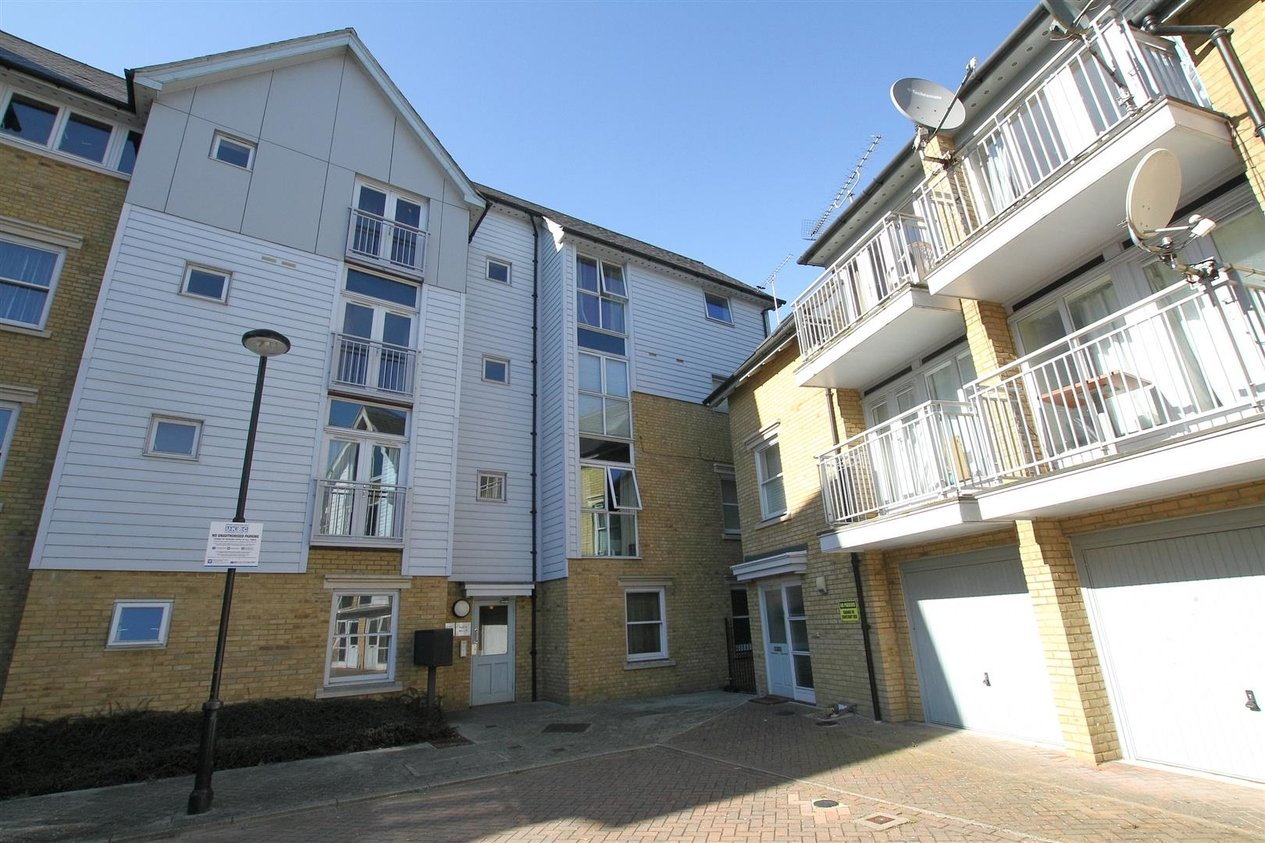 Properties Let Agreed in Bingley Court