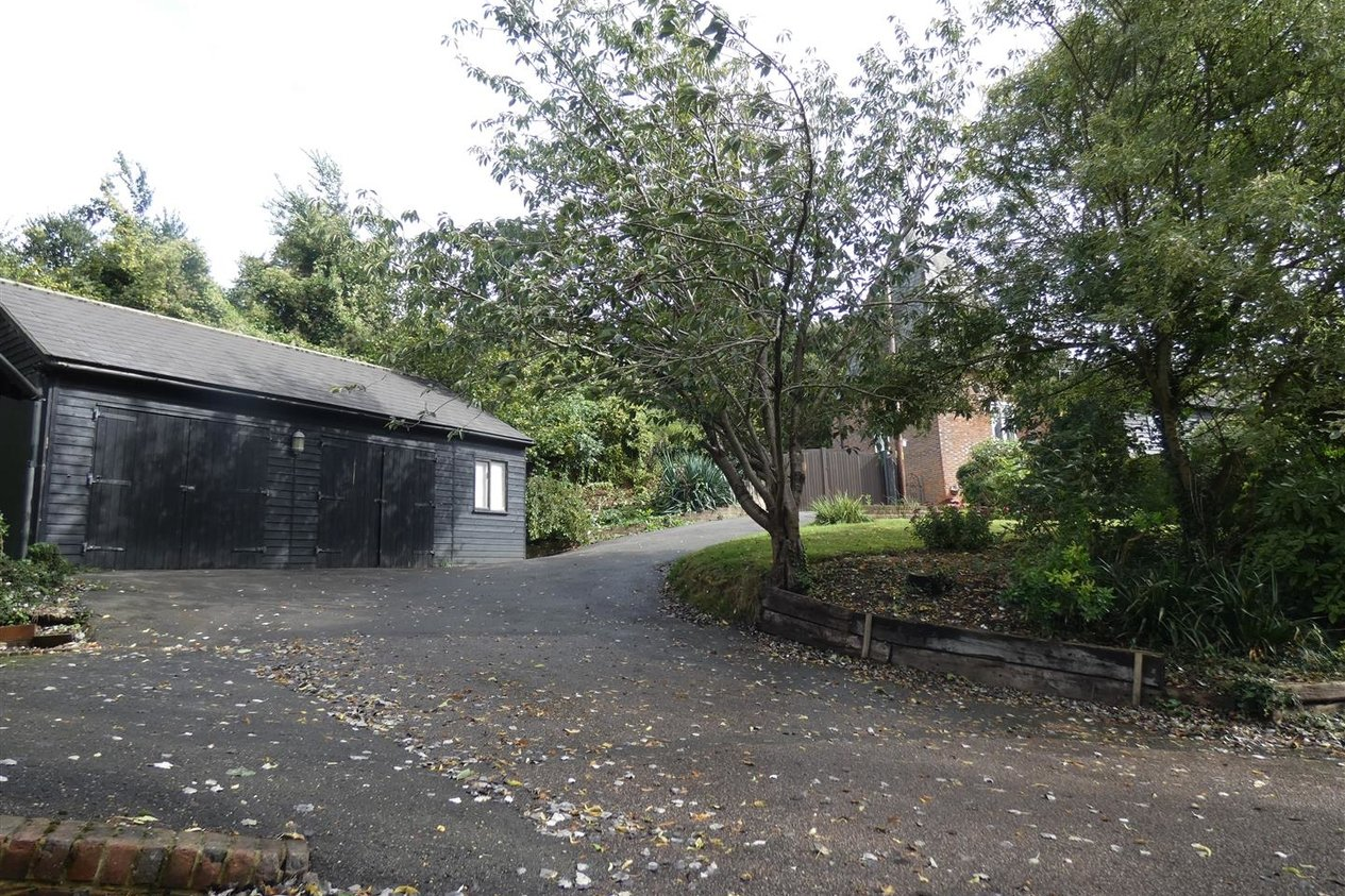 Properties Let Agreed in Nickle Farm Chartham