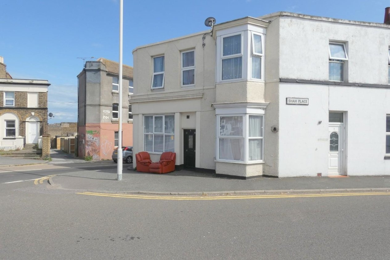 Properties Let Agreed in Chatham Street