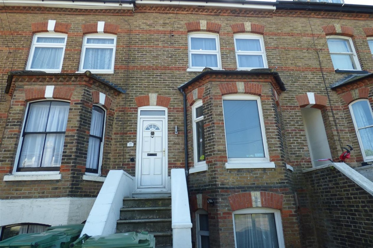 Properties To Let in Coolinge Road