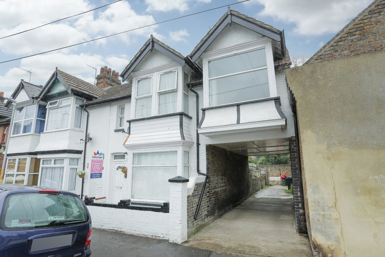 Properties Let Agreed in Danesmead Terrace