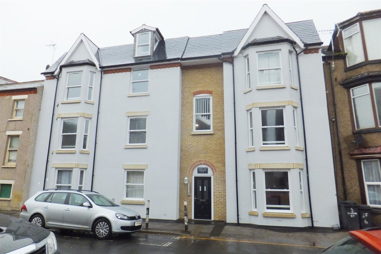 Properties Let Agreed in Dolphin Street