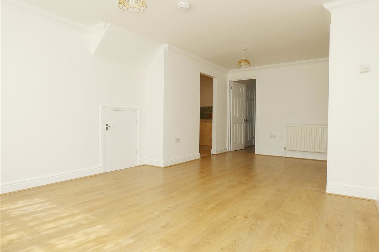 Properties Let Agreed in Essex Street