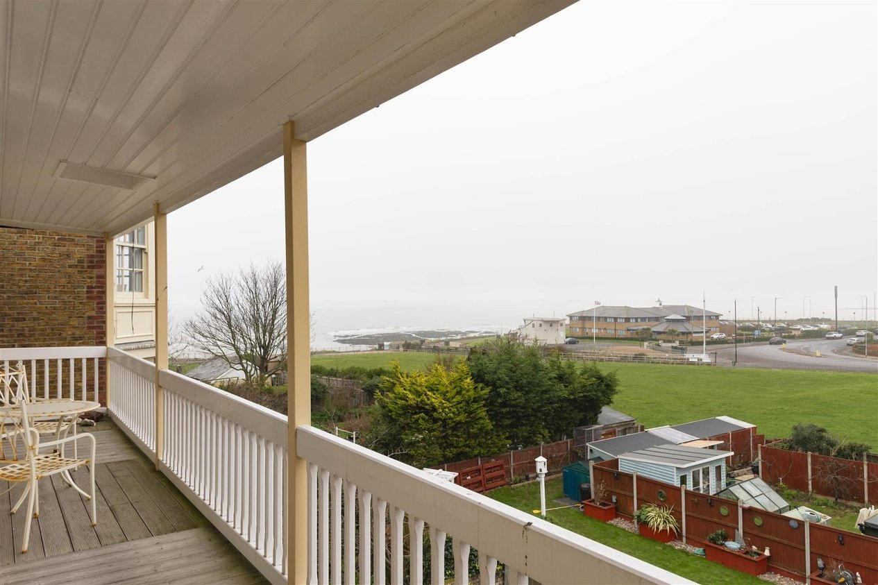 Properties To Let in Fifth Avenue Cliftonville