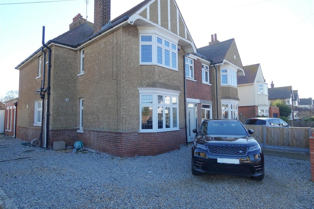 Properties Let Agreed in All Saints Avenue