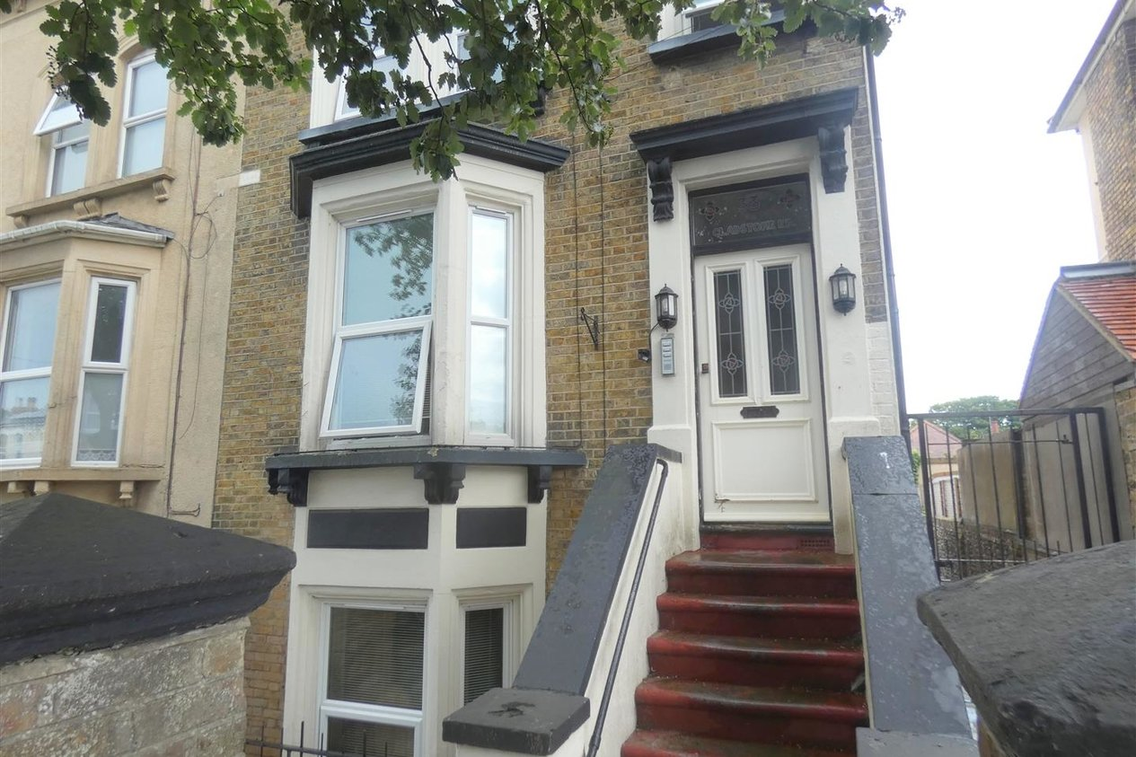 Properties Let Agreed in Gladstone Road