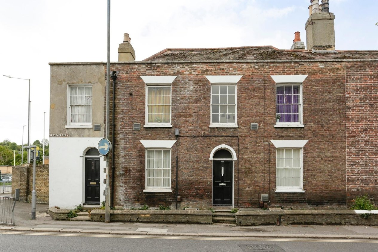 Properties Block Investment Opportunity in London Road Dover
