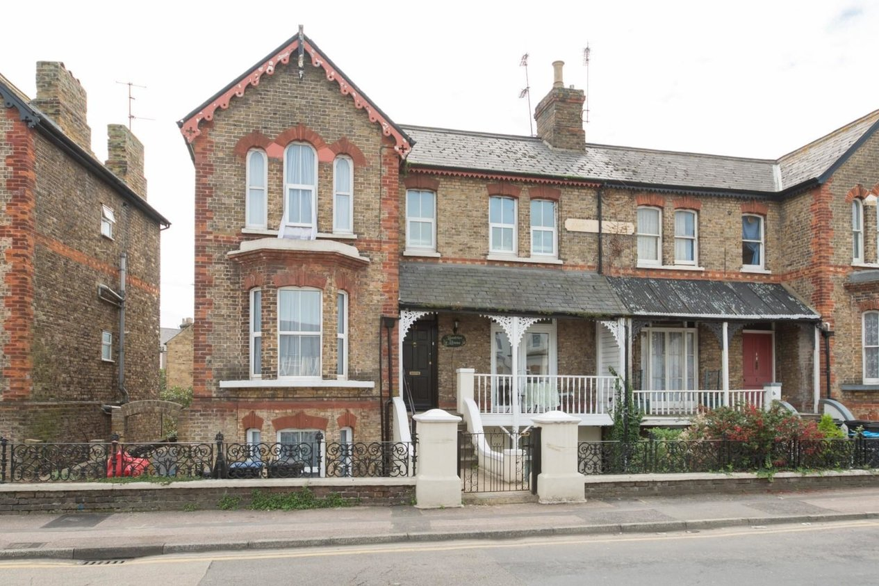 Properties Let Agreed in Beatrice Road