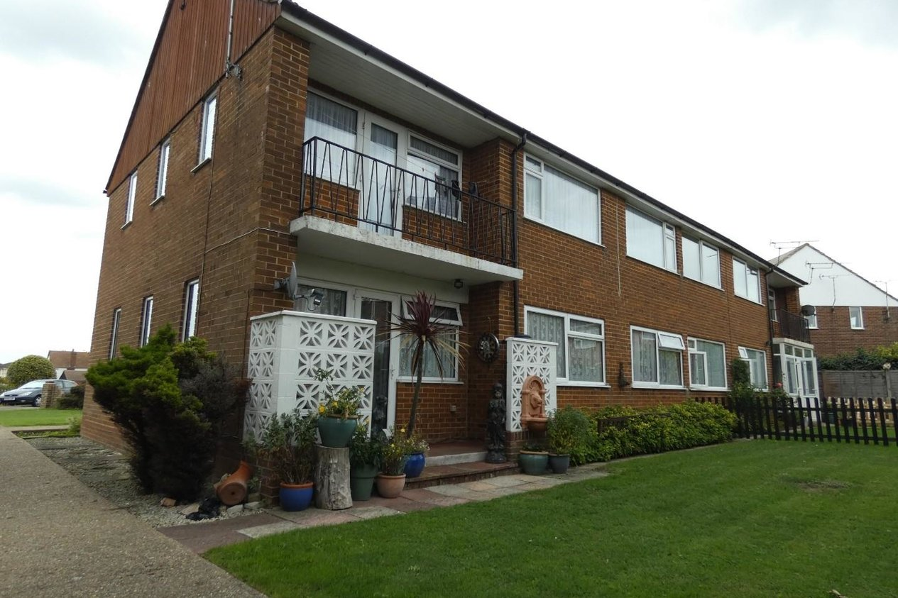 Properties Let Agreed in Laleham Gardens