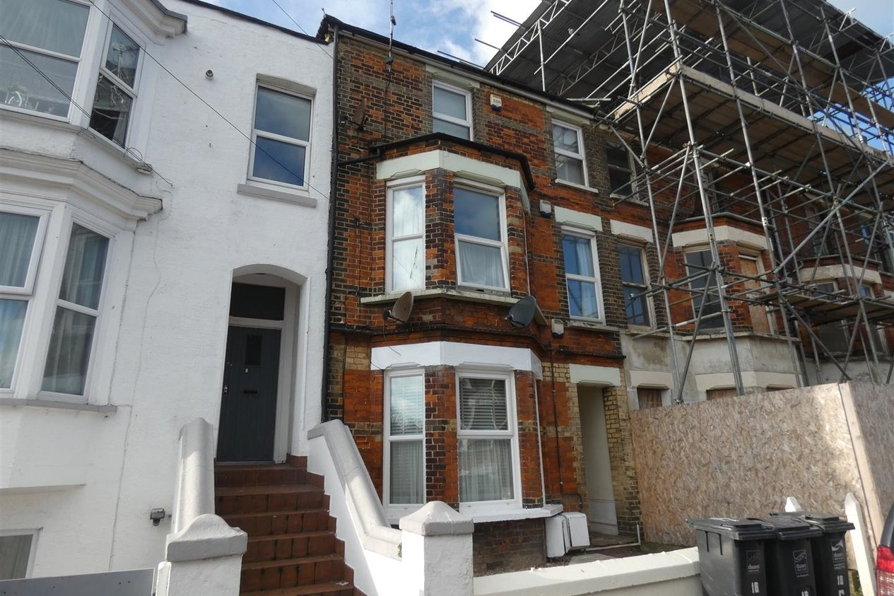 Properties Let Agreed in Garfield Road