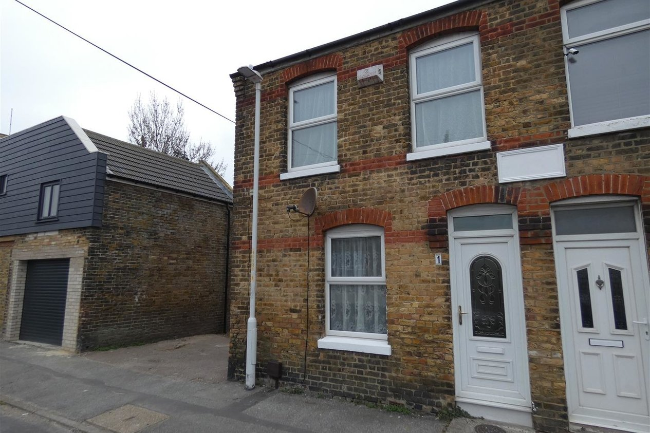 Properties Let Agreed in Shakespeare Road