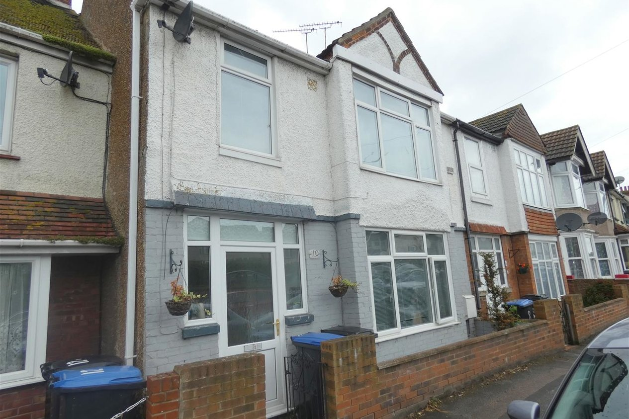 Properties Let Agreed in Nash Court Road