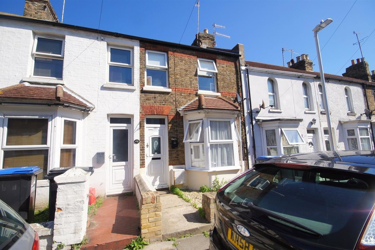 Properties Let Agreed in Buckingham Road