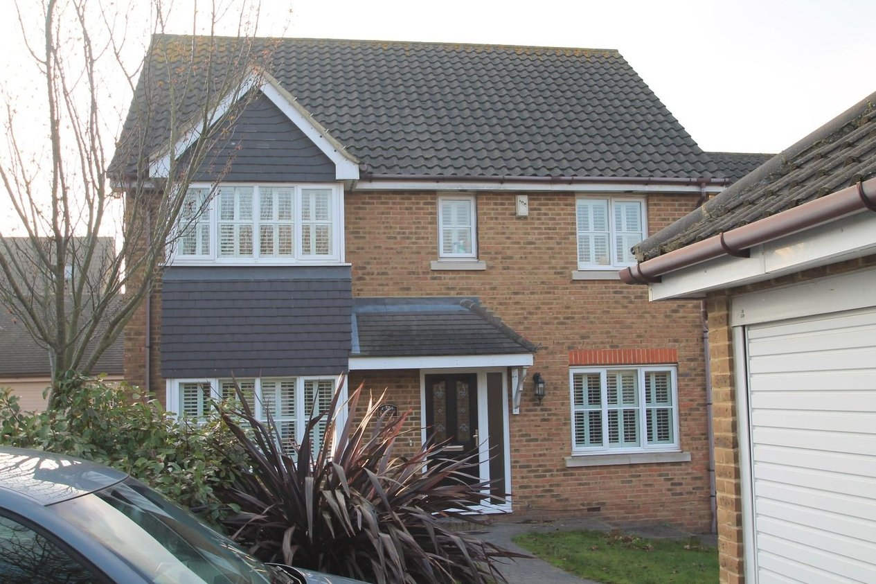 Properties Let Agreed in Mason Way Wainscott