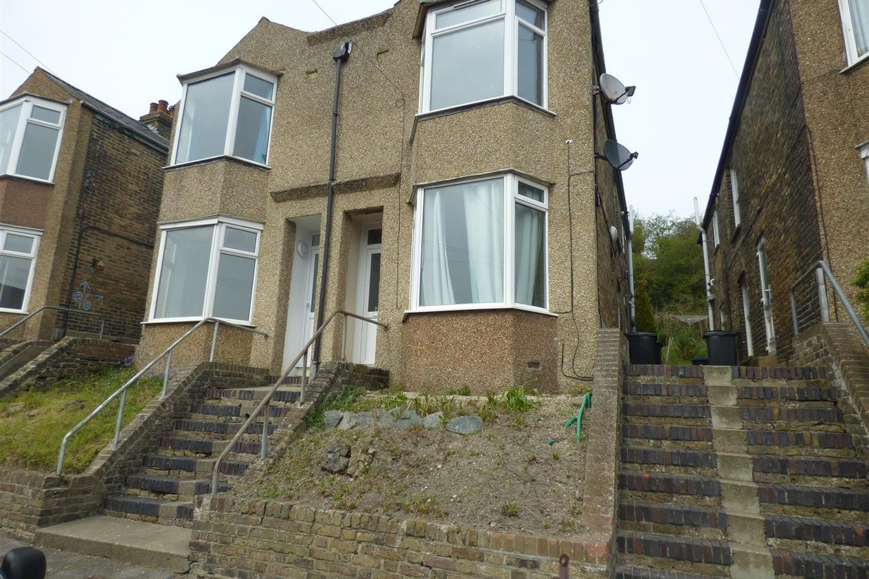 Properties Let Agreed in Mayfield Avenue