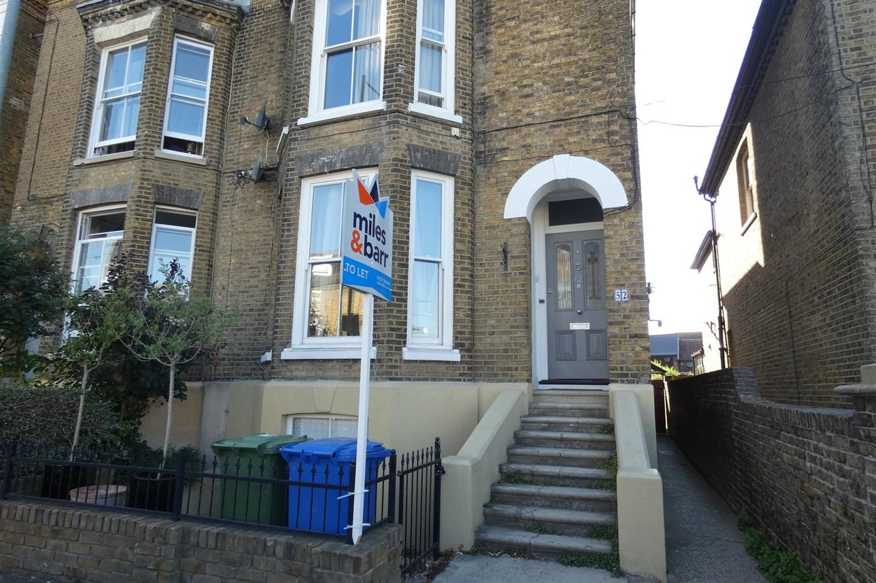 Properties Let Agreed in Newton Road