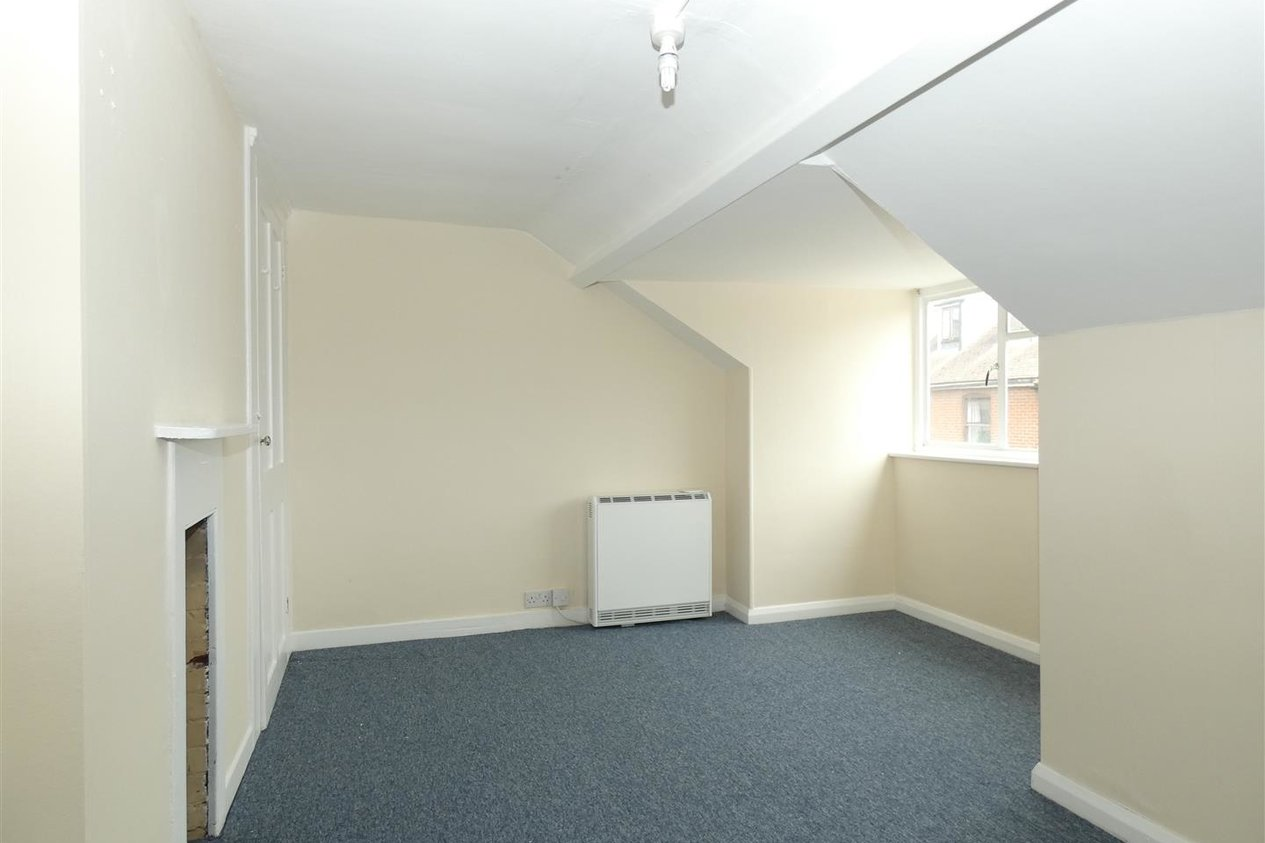 Properties To Let in Limes Place Preston Street