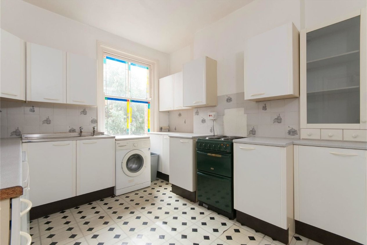 Properties To Let in Radnor Park Crescent