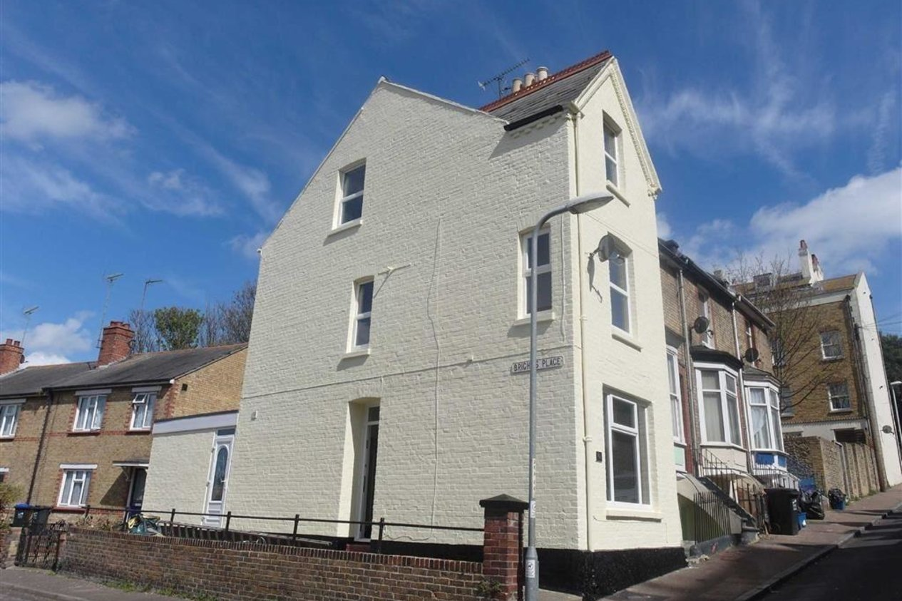 Properties Let Agreed in Artillery Road