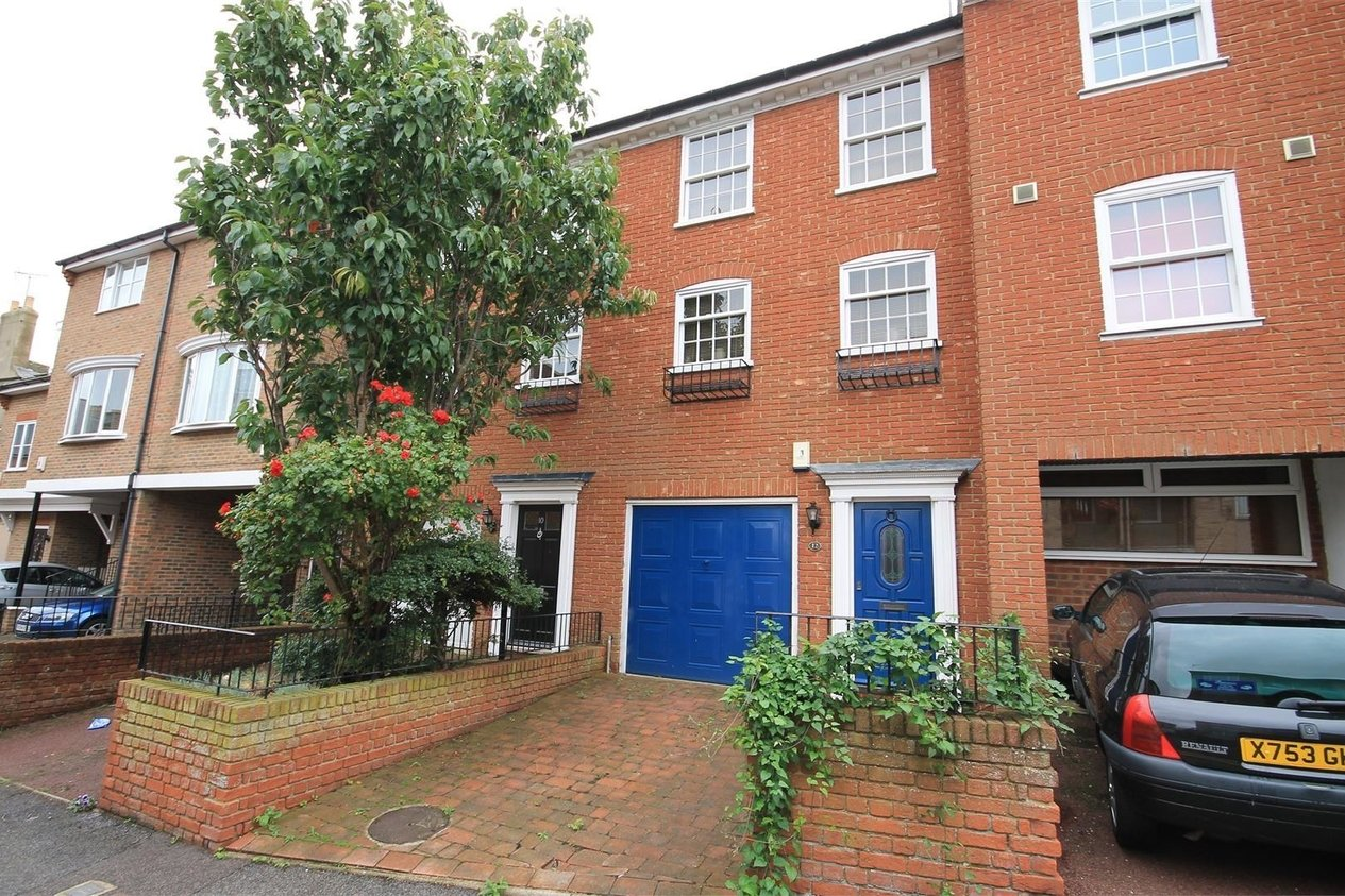 Properties Let Agreed in Albert Street