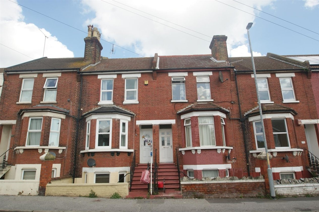 Properties Let Agreed in St. Lukes Avenue
