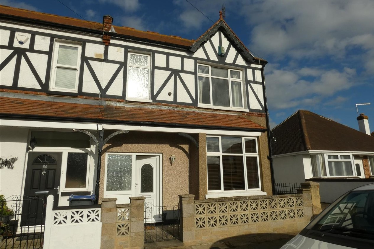 Properties Let Agreed in Sandown Drive