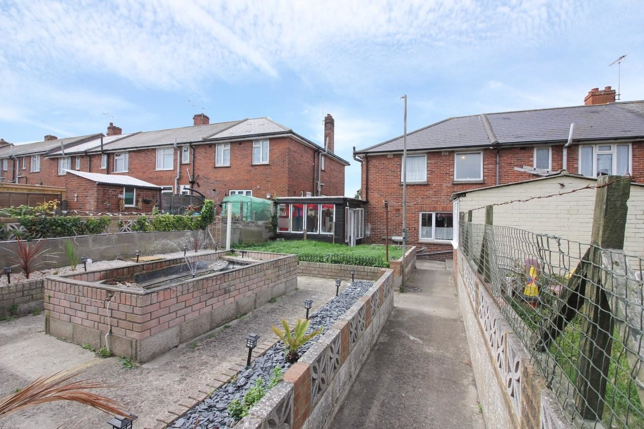 Properties Let Agreed in St. Peters Footpath